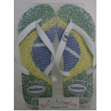 chinelo customizado para evento empresarial